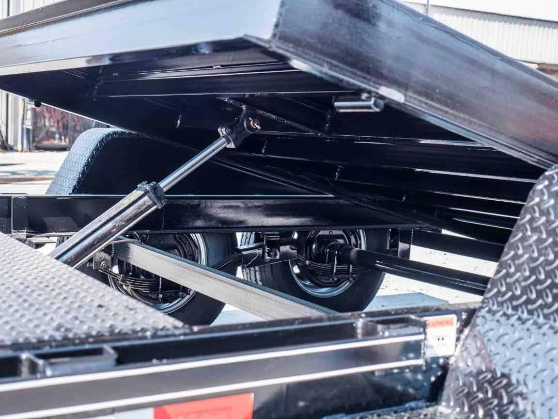 15000 GVWR Deluxe Diamond Floor Tilt Equipment Trailer by